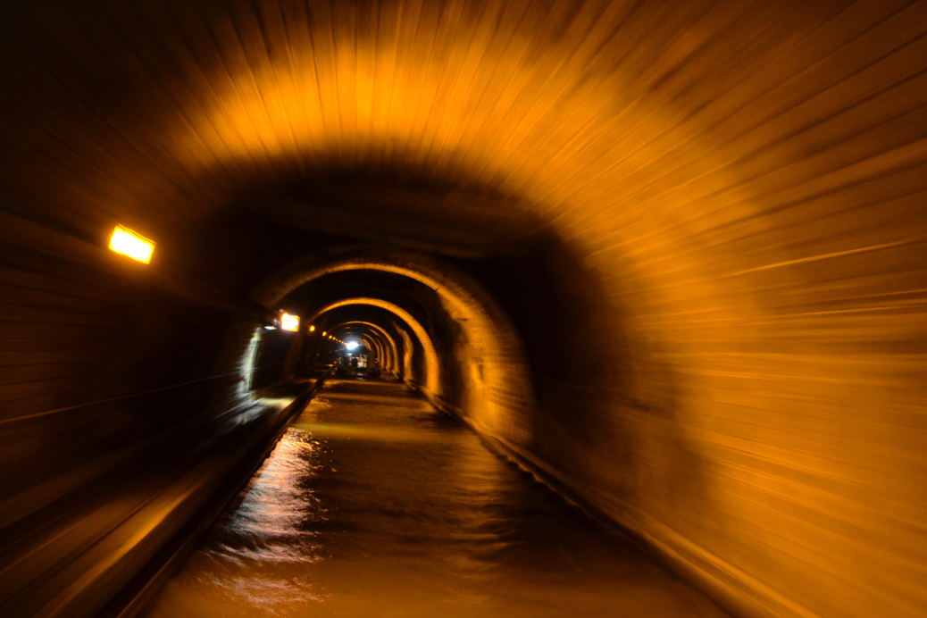 (©) Jutta Koerke - Tunnel, Gänge, Flure
