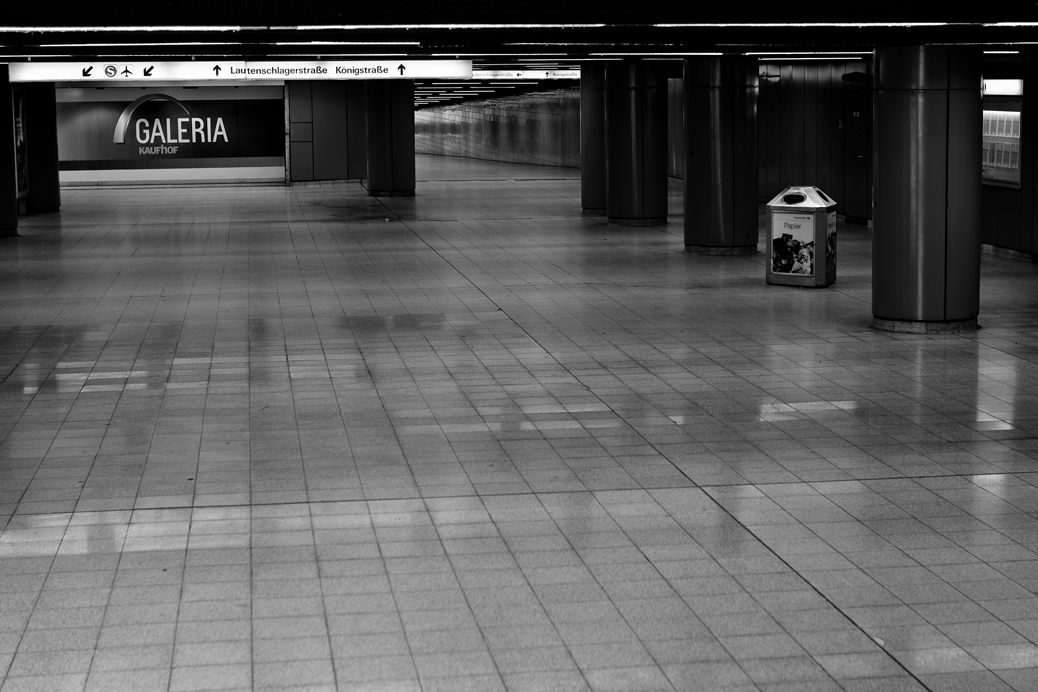 (©) Stefan Ebling - Tunnel, Gänge, Flure