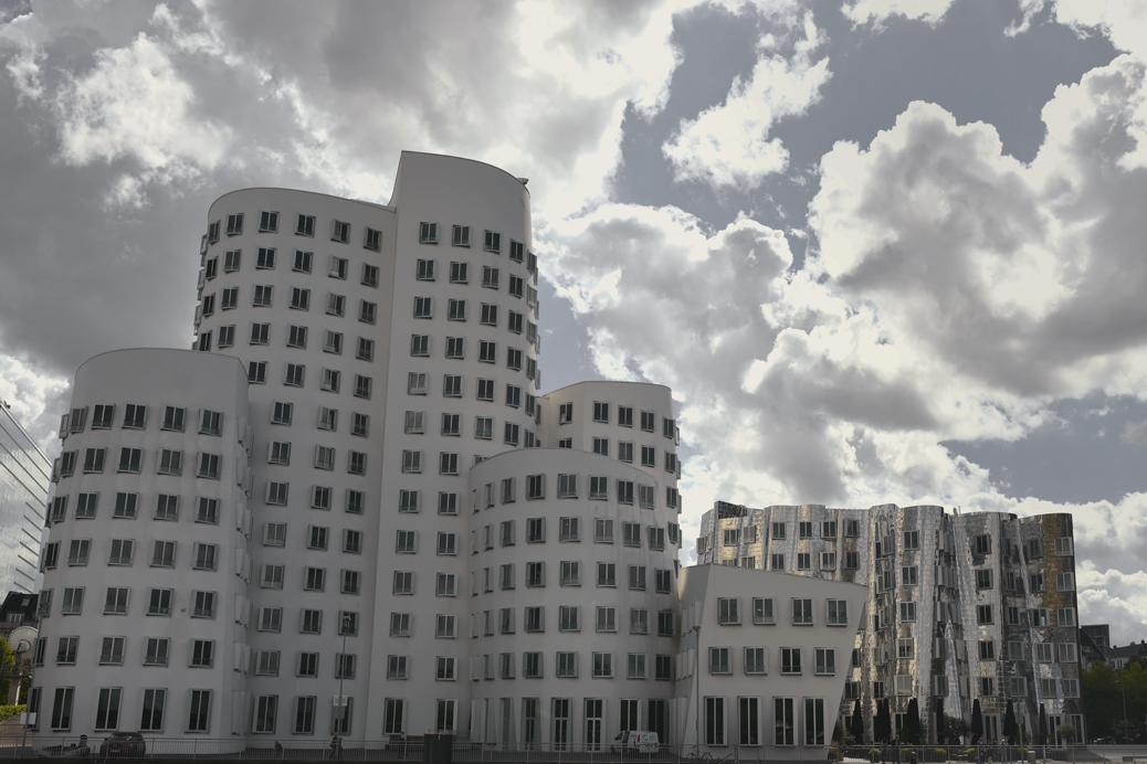 (©) Rolf Zipf-Marks - Düsseldorf